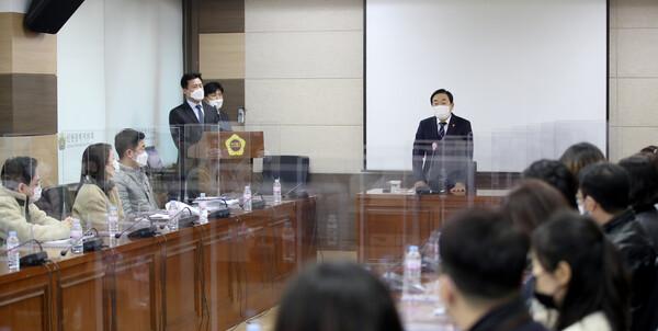 의회사무처 신규 전입직원 격려